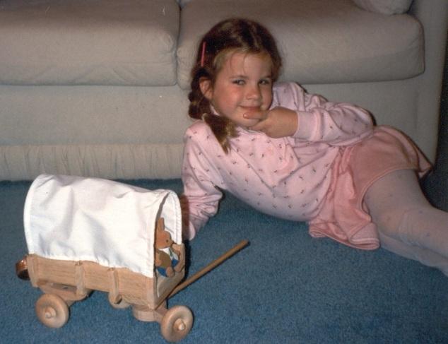 Dollhouse covered wagon | Inviting Joy